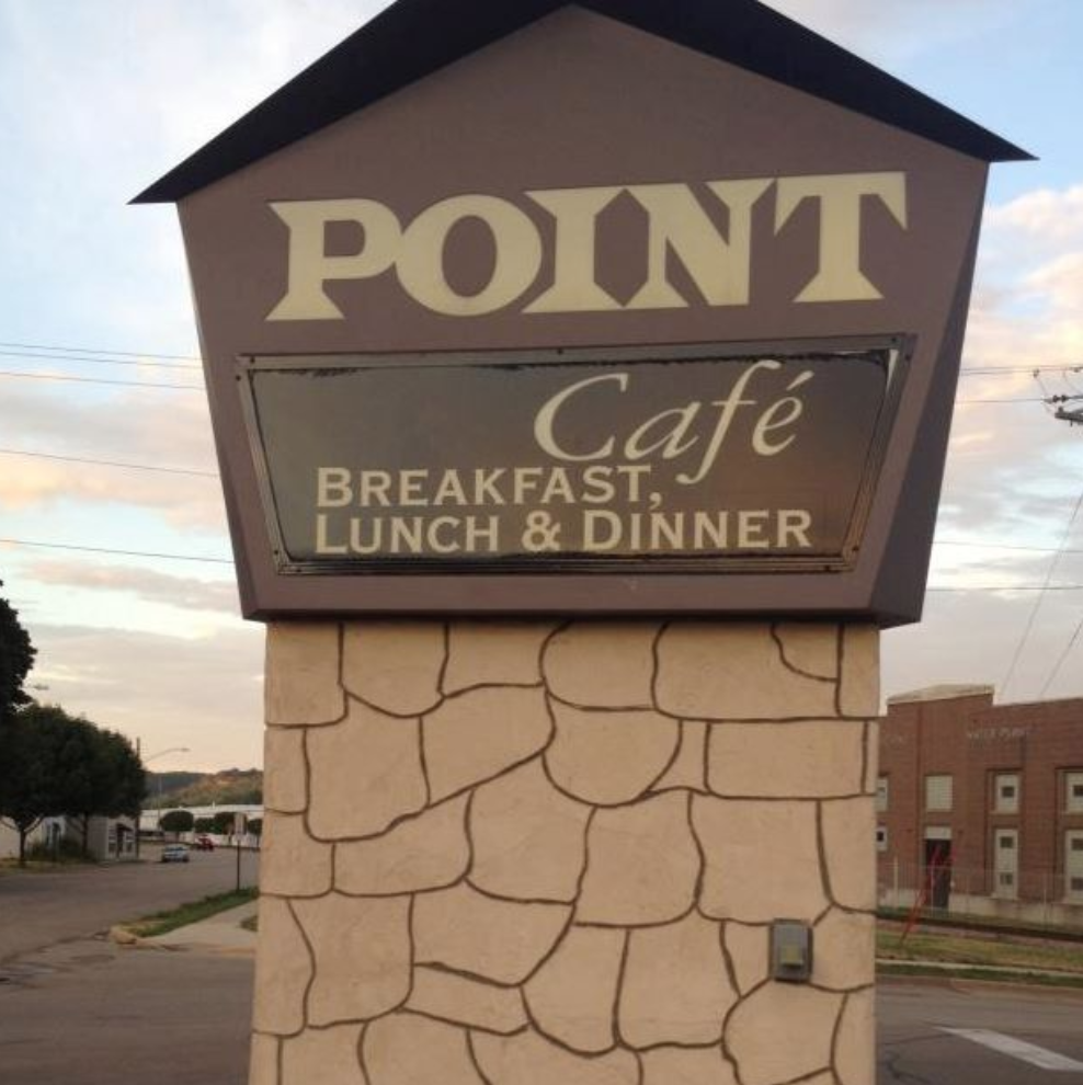 The Point Cafe in Dubuque, IA 52001